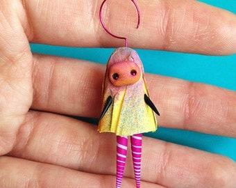 Miniature Figurine | OOAK Art Doll, Fairy Witch, Whimsical Doll.  Spooky Doll, Cute Witch, Creepy Cute, Whimsical Fairy, Small Creature