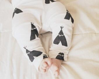 Baby Leggings- Black & Ivory Teepee Print