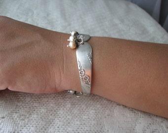 "Spoon Bracelet - Spoon Jewelry - Antique Silver Plate Spoons - ""Bridal Wreath"" -  Oneida - 1950"