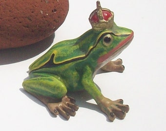 Enamel Frog with Crown / Vintage Hand-painted / Signed PB / Prince Charming / Frog Prince / Frog King