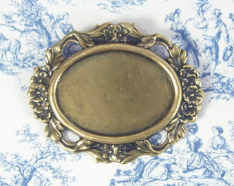 Flower Border Setting Large Oval Setting Antiqued Gold Ox Plated Brass 2-146-GO