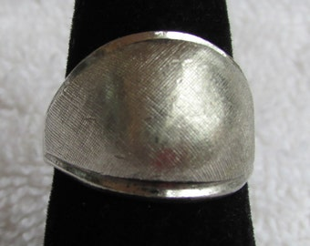 Textured Sterling Silver Domed Ring Size 6 3/4
