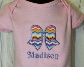 Applique bow with name