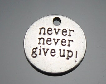 20pcs 20mm The Never never give up Silver Color Retro Pendant Charm For Jewelry Pendants B10384