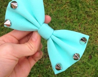 Aqua bow with studs