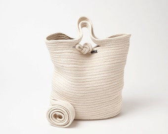 Casual shoulder bag made of rope and yarn