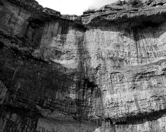Malham Cove, Malham, North Yorkshire (FREE POSTAGE - UK only)