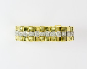 Beautiful and Versatile gold and diamond bracelet
