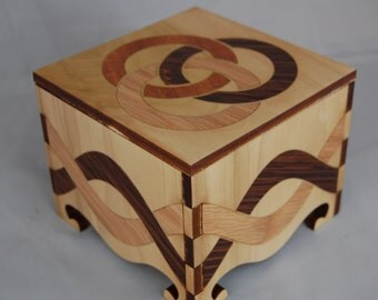 Small Keepsake Box decorated with inlays of exotic woods