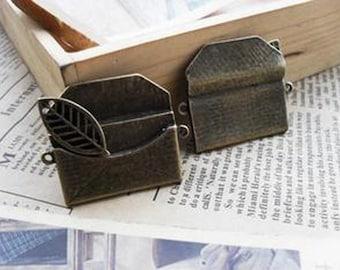 6pcs  Antique Bronze Lovely Envelope Charms Pendant. c477-8