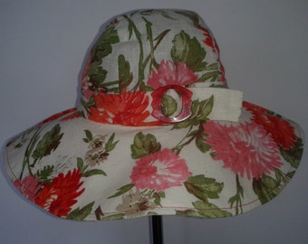 Fun 70's style hippy hat.Stylish and feminine, fun and funky.Ideal for festivals, beach party or summer wedding.