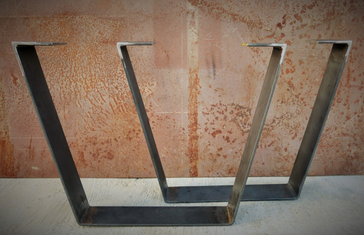 Plat en m tal pieds de table bar - Pieds de table en metal ...