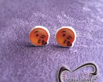 Fun Emoji Kissy Face Smiley Earrings