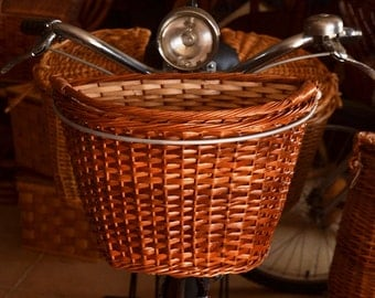 Wicker basket for Bike