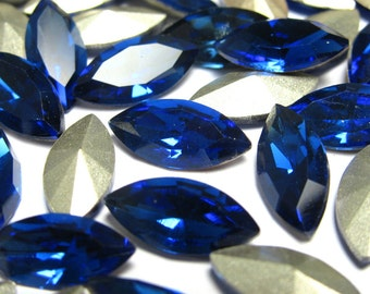 8 pcs Rhinestone pointed back navette sapphire blue 15x7 mm