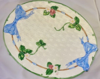 Strawberry Platter Oval Tray The Haldon Group 1985 Ribbon & Bow Pattern