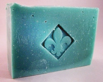 Iceberg - Handcrafted soap made with olive oil from South Compton Soap Company