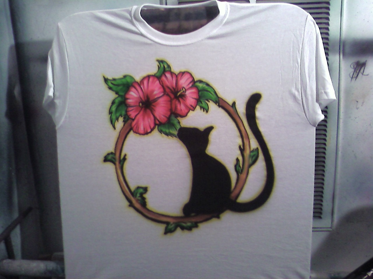 Custom airbrush t shirt free hand not a stencil for Custom made airbrushed shirts