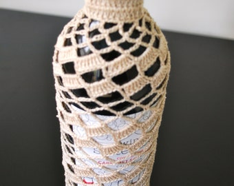 Crochet Wine Cozy in Beige