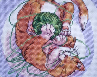 KL61 Well Chewed! Cat Counted Cross Stitch Kit