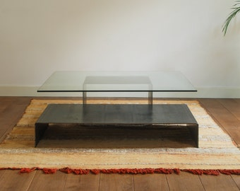 Center in natural steel and laminated glass, table design, made in Spain