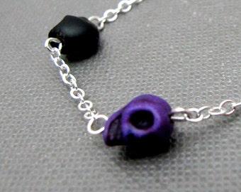 "Silver Gothic Punk Skull Bracelet // Deep Purple and Black Tiny Howlite Skulls Charm // 7"" Chain Bracelet // Gift under 20"