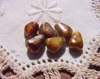 Autumn Palette Caramel Drizzle Kernel Vintage Lucite Beads