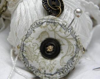 Biscornu Pincushion Necklace 3cm