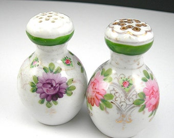 Victorian Salt and Pepper Shakers, Porcelain, Antique Early 1900s, Pink and Purple Hand-painted Flowers, Turn of the Century Dining