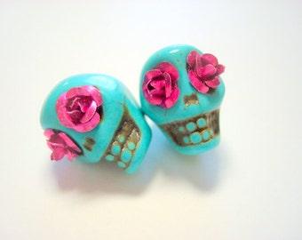 Pink Rose Eyes in Turquoise Howlite Skull Beads