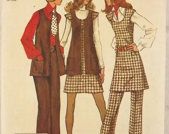 Vintage 70's Sewing Pattern Misses Mini Jumper Scoop Neck A-line Mod Retro Tunic Vest Cap Sleeves and Pants Two Sizes Bust 32.5 and 34