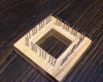 """2 """" Traditional Mini Loom in Oak"""