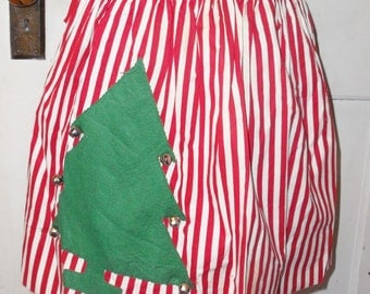 1950's Vintage Christmas Apron with Christmas Tree and Bells