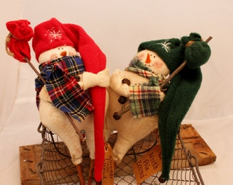 Snowman Ornie, Northpole Bound Hitchhiking Snow Man in Red or Green