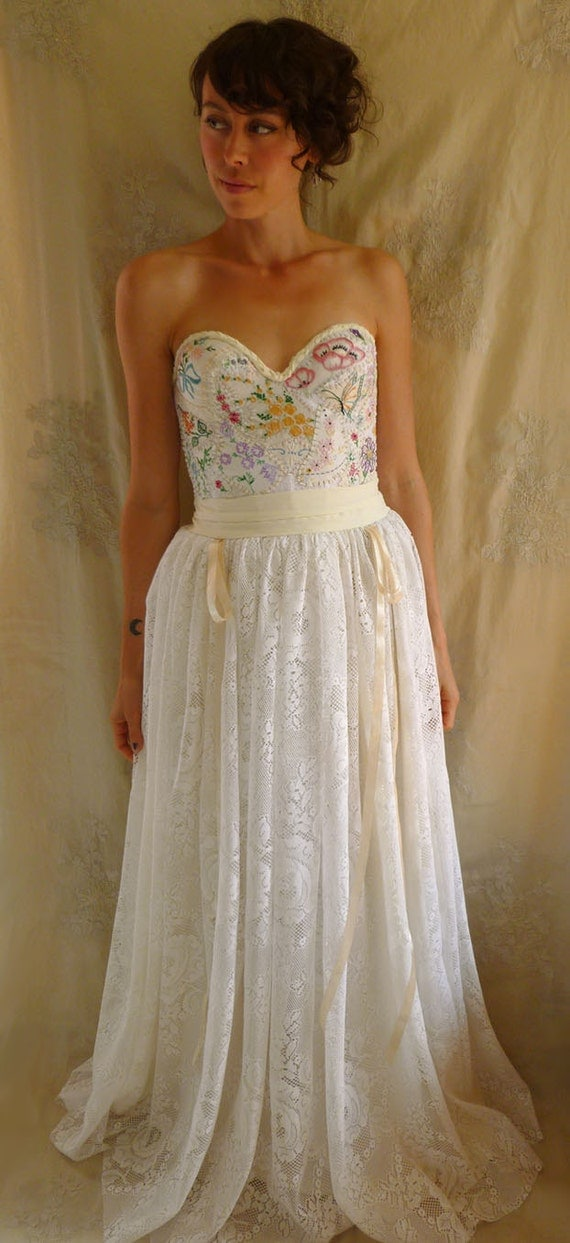 RESERVED LAST PAYMENT...Meadow Bustier Wedding Gown... boho bustier woodland whimsical country vintage inspired free people eco friendly