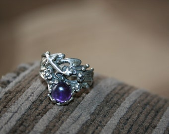 SALE...Vintage Sterling Silver lizard  in flowers amethyst stone Ring Twig Diorama  Stunning in size 6 and 1/4