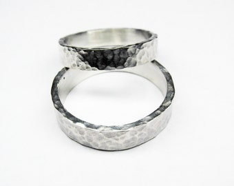 Classic Hammered Silver Wedding Band Set