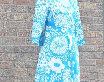 Vintage 1960's Hawaiian Maxi dress ANDRADE Made in Hawaii Honolulu luau tiki summer
