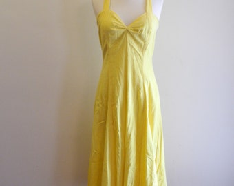 Yellow cotton 70s fitted sundress with CRISS CROSS back sz. Small