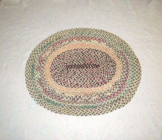 Rag Braided RUG Oval 32 X 40 Multicolor Used But