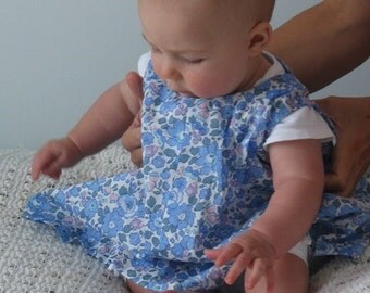 Special price!! Just 25 dollars!! Beautiful liberty lawn jumper to suit a one year old little girl