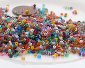 11/0 Matsuno Assorted Colors Glass Seed Beads 10-Grams