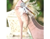 Shoe Clips Ivory Peacock Brown Feathers & Rhinestone Pin. Bride Bridal Bridesmaid MOH Couture, Warm Hot Spring  Fashion, Edgy Bold Pearl Gem
