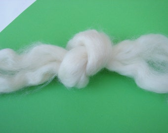 Teeswater combed tops white long wool 30 gramm 1 oz Doll Hair -santa beard, Blythe Doll Hair ,  Art Dolls,  , spinning and felt