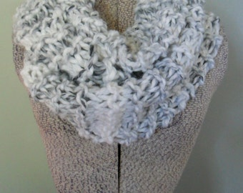 White Chunky Infinity Scarf, Striped Chunky Knit Eternity Scarf, Thick Circle LoopScarf, Infiniti Scarf
