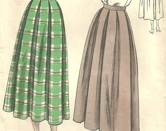 Vogue 6440 / Vintage 40s Sewing Pattern / Skirt / Waist 26