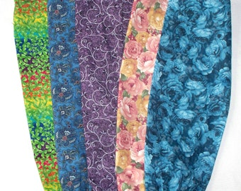 One Plastic Bag Holder , Your Choice: Bluesy Flowers, Pink & Yellow Roses, Purple Swirls, Blue Paisley or Shamrock Rainbow