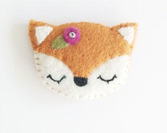 Felt Fox Brooch, Cute Brooches, Animal Brooches, Kawaii fox brooch
