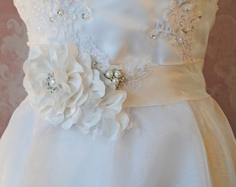 Off White Silk Sash, Diamond White Bridal Sash, Wedding Belt with Handmade Flowers, Rhinestones, Pearls and Lace  - GARDENIA