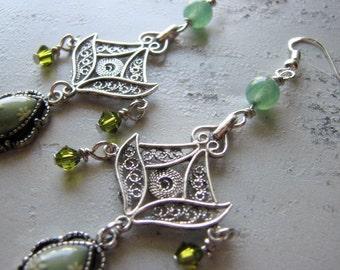 Sterling silver chandelier earrings | flower | green | floral | vintage style